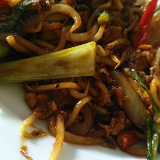 Fried Mee (Yellow Noodles)